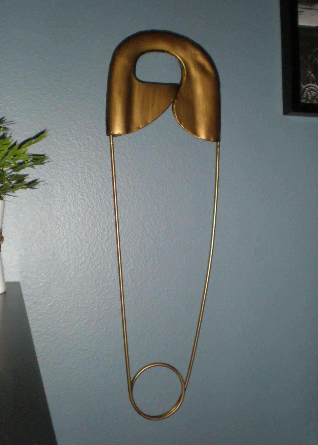 Giant Vintage Safety Pin Metal Wall Decor By Kellzstuff On