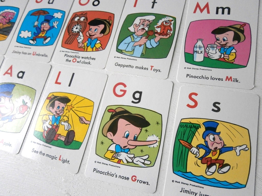 Vintage Childrens Playing Cards Pinocchio Game x12 - TheLuckyFox