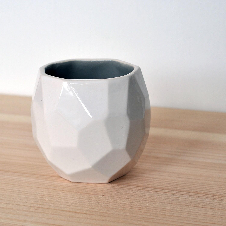 Modern ceramic espresso cup - handmade in polygons espresso - Poligon Cup - Grey - studioLORIER