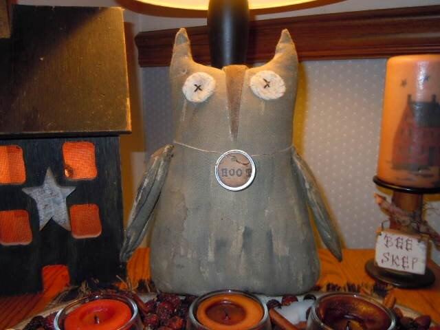 Primitive Hootie Owl