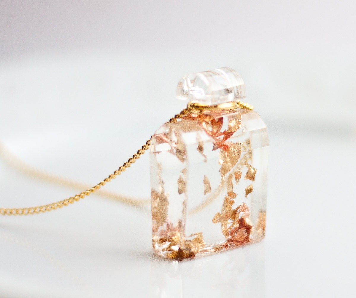 Resin Pendant Perfume Bottle Gold Flakes Gold Chain Necklace Square perfume minimalist resin jewelry OOAK rusteam - daimblond
