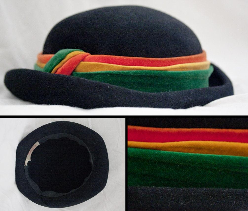 Gorgeous Vintage 50s MACY'S Black FELT HAT - DollDizzyVintage