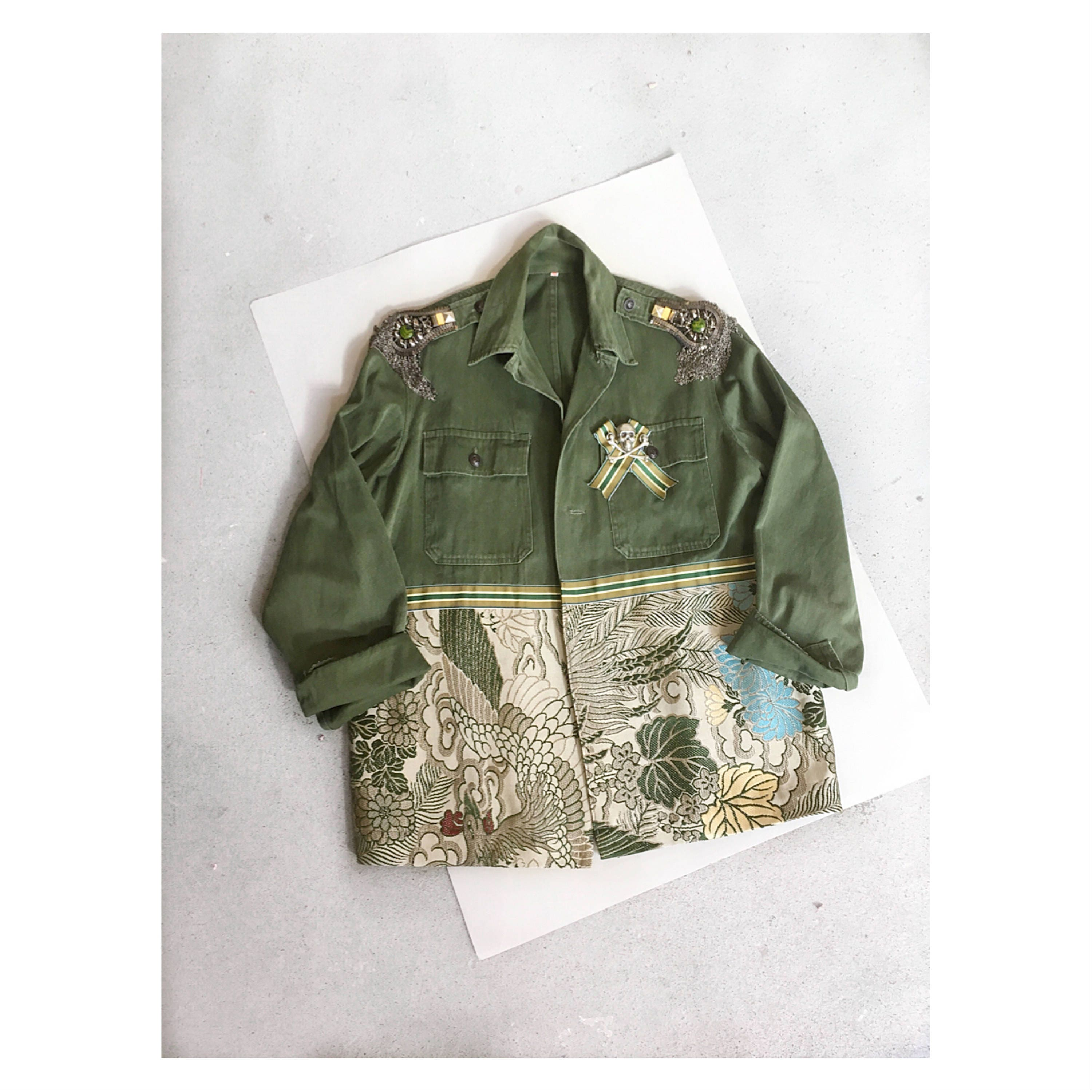 Geishacustomised army fashion jacket. Khaki jacket