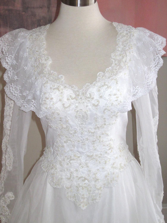 Wedding Dress Lace Italian : Vintage white italian lace wedding gown dress size by avavintage
