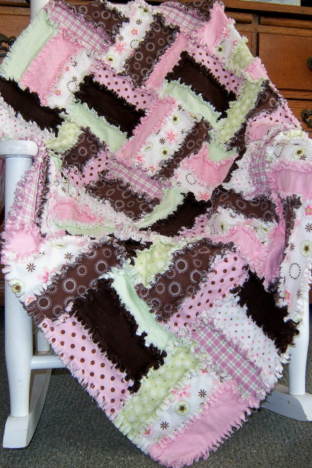 Strawberry Delight Rag Quilt Pattern by KrisKreations2008 ...