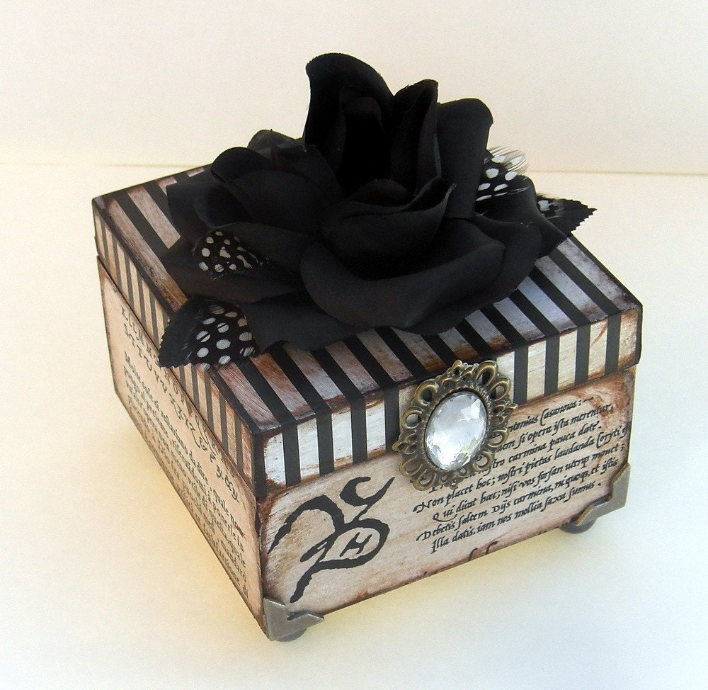 Бон Nuit Брелок Box