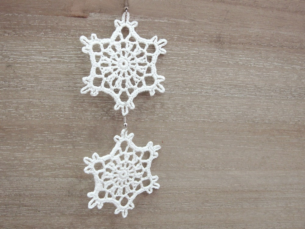 Crochet lace white snowflakes earrings - katrinshine