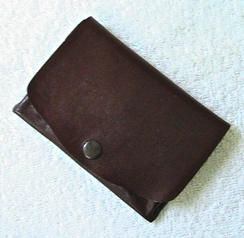 Little mahogany calfskin wallet. - WoodBoneAndStone