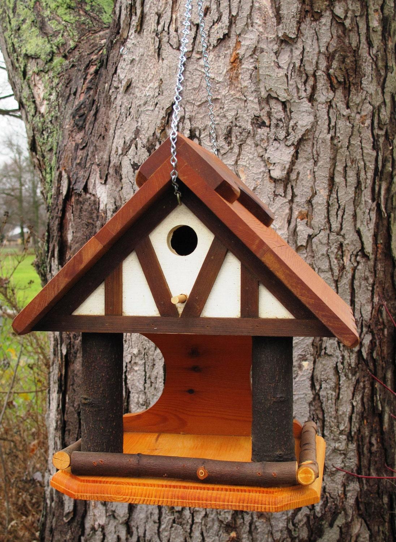 Tiverton Wood Birdhouse/Birdfeeder rustic