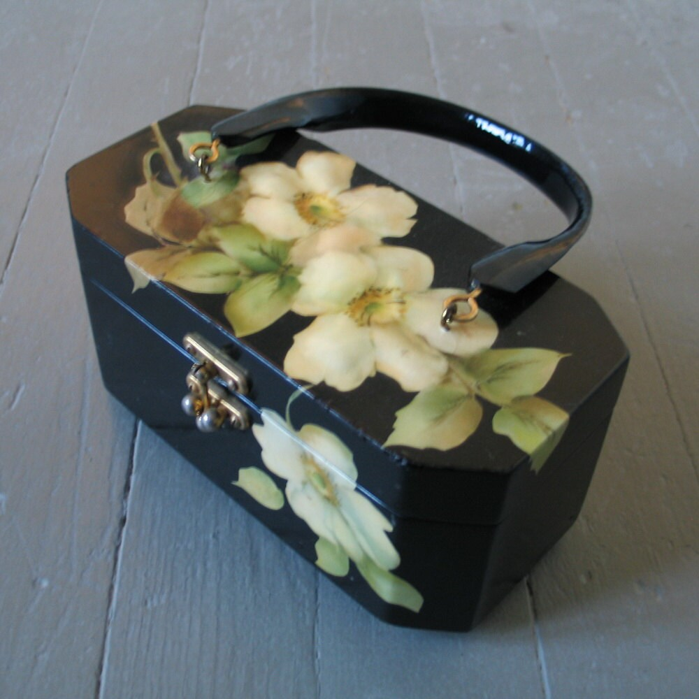 Vintage 1970s Decoupage Wild Roses on Black Enamel Box Purse Signed Gunter - LessThanPerfect