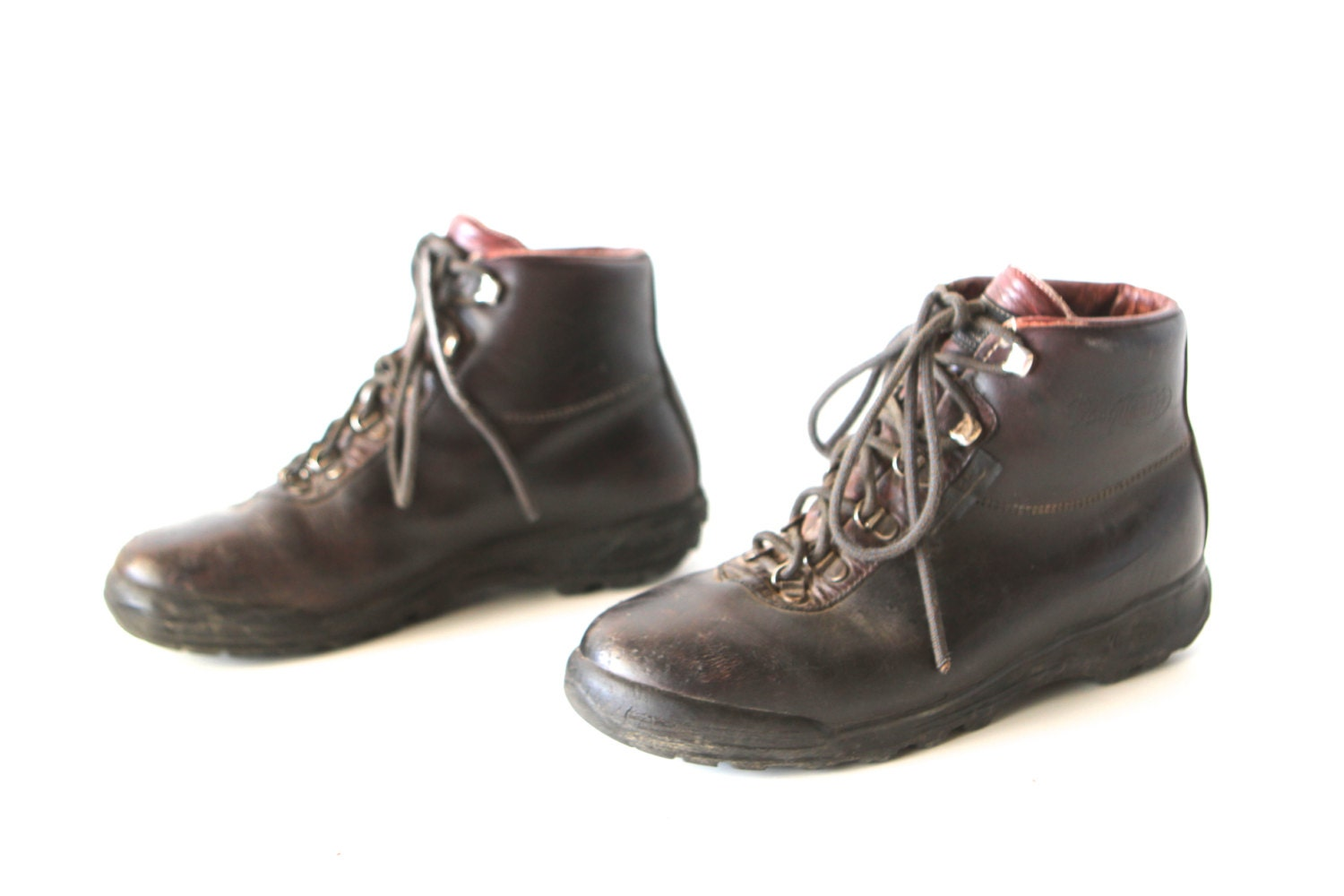 vintage s italian hiking boots cherry by ziavintage