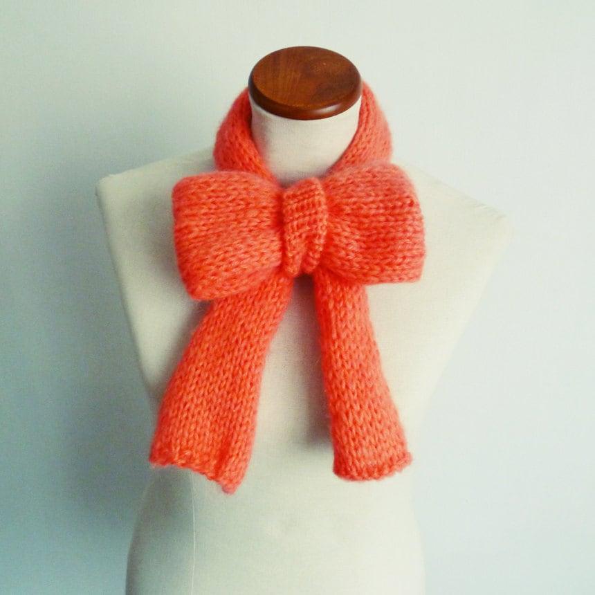 Items similar to Knit Pattern Scarf Bow - PDF neckwarmer ...