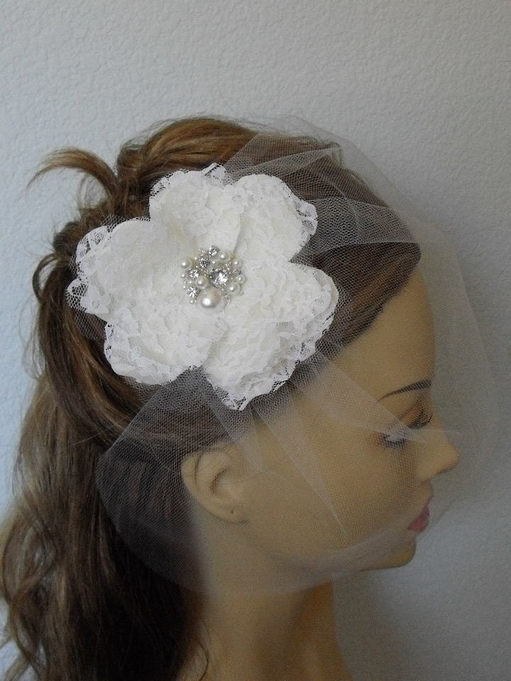 Vintage Veil and Flower, Ivory with White Lace Flower,Ivory with off White tulle Veil, set, Style VB017