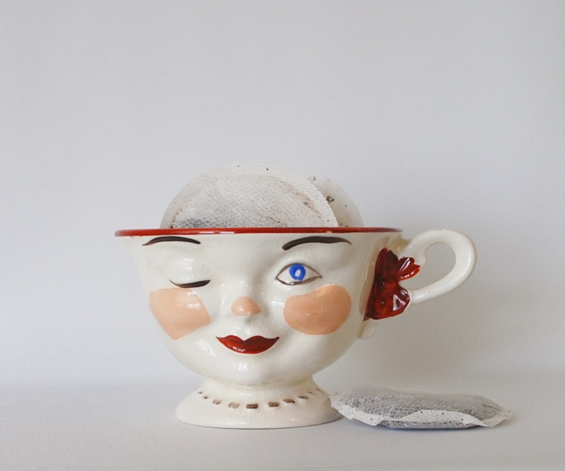 Vintage/Mid Century Winking Lady Face Bone China Tea Cup, Lipton Tea, 1950's Staffordshire, England - BichenVintage