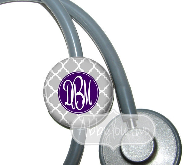 how to put name tag on stethoscope