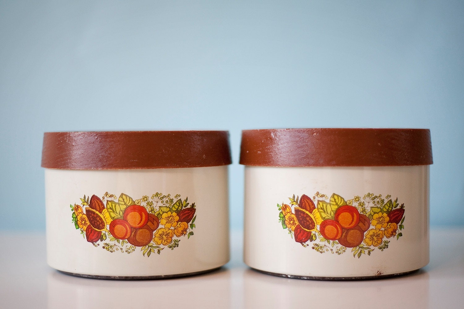 Vintage metal canisters lincoln beautyware by luluvintagefinds