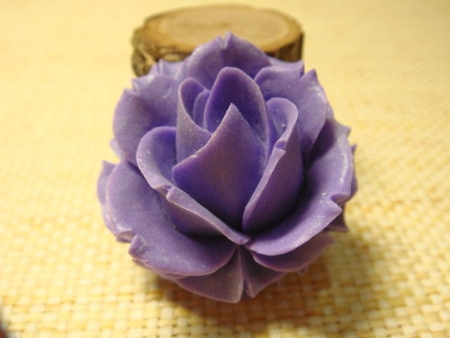 2 pcs Beautiful Amethyst Purple Rose Cabochon (002-06)