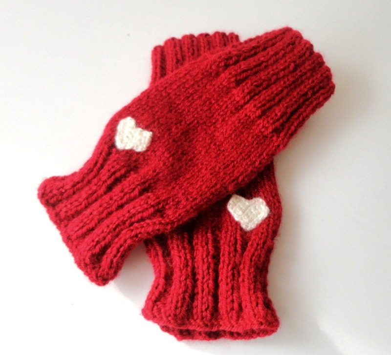 Knit Pattern Heart Mittens : red knitted fingerless gloves heart gloves gift by senoAccessory