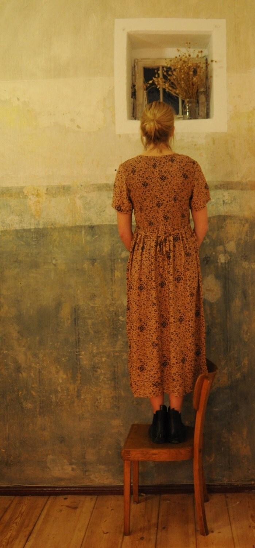 vintage rust brown floral apricot highwaist long dress size s m - happycreeps