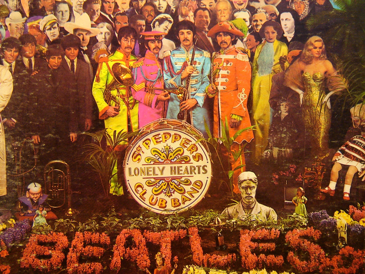 The Beatles Sgt Pepper S Lonely Hearts Club By