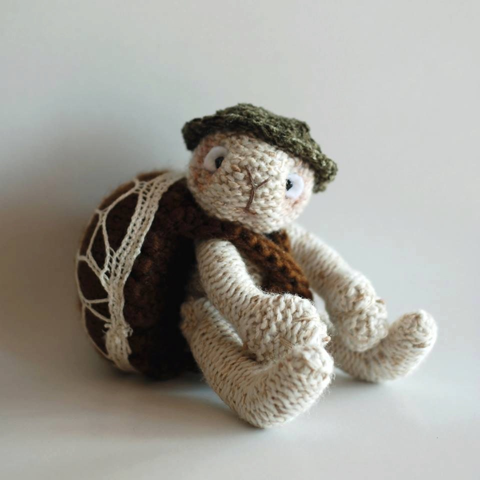 Trapper Hat Knitting Pattern : Turtle traveler knitting pattern knitted round by deniza17