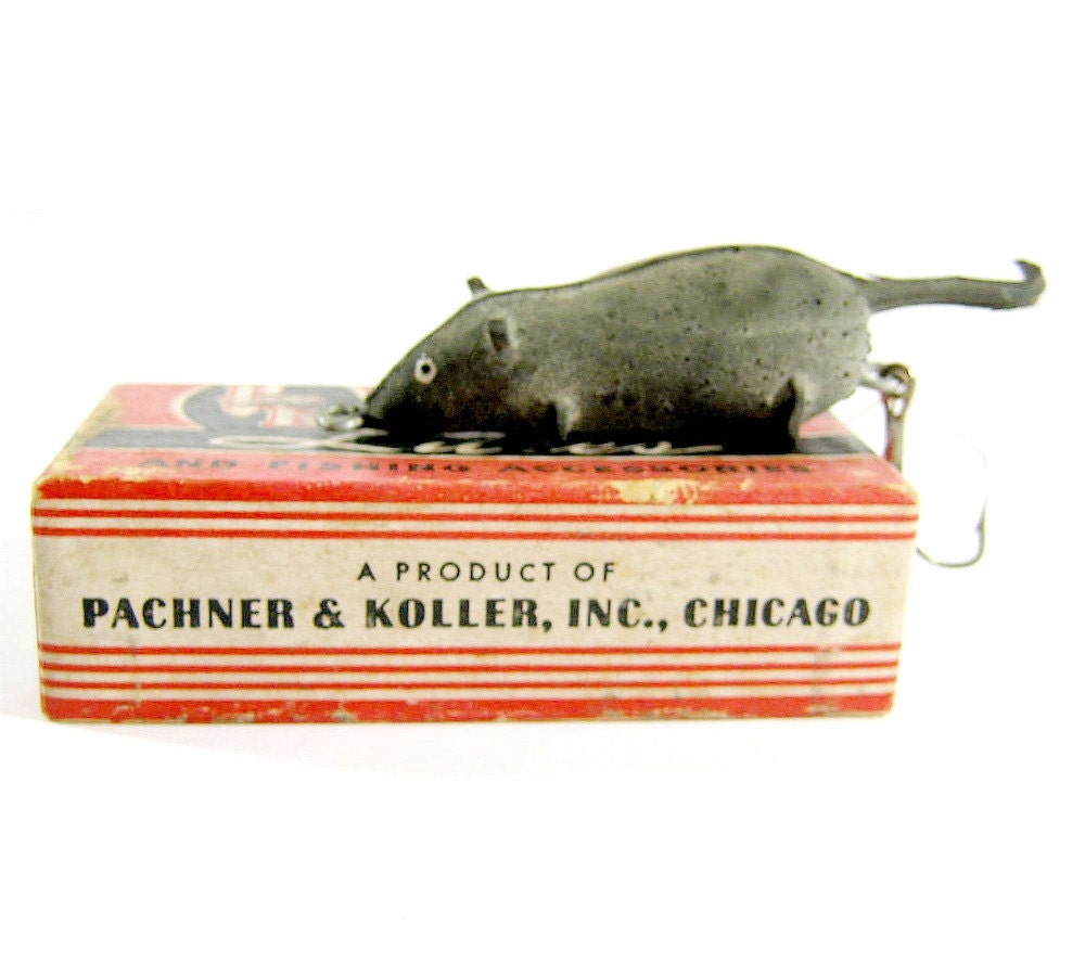 Vintage mouse fishing lure in original box by for Mouse fishing lure