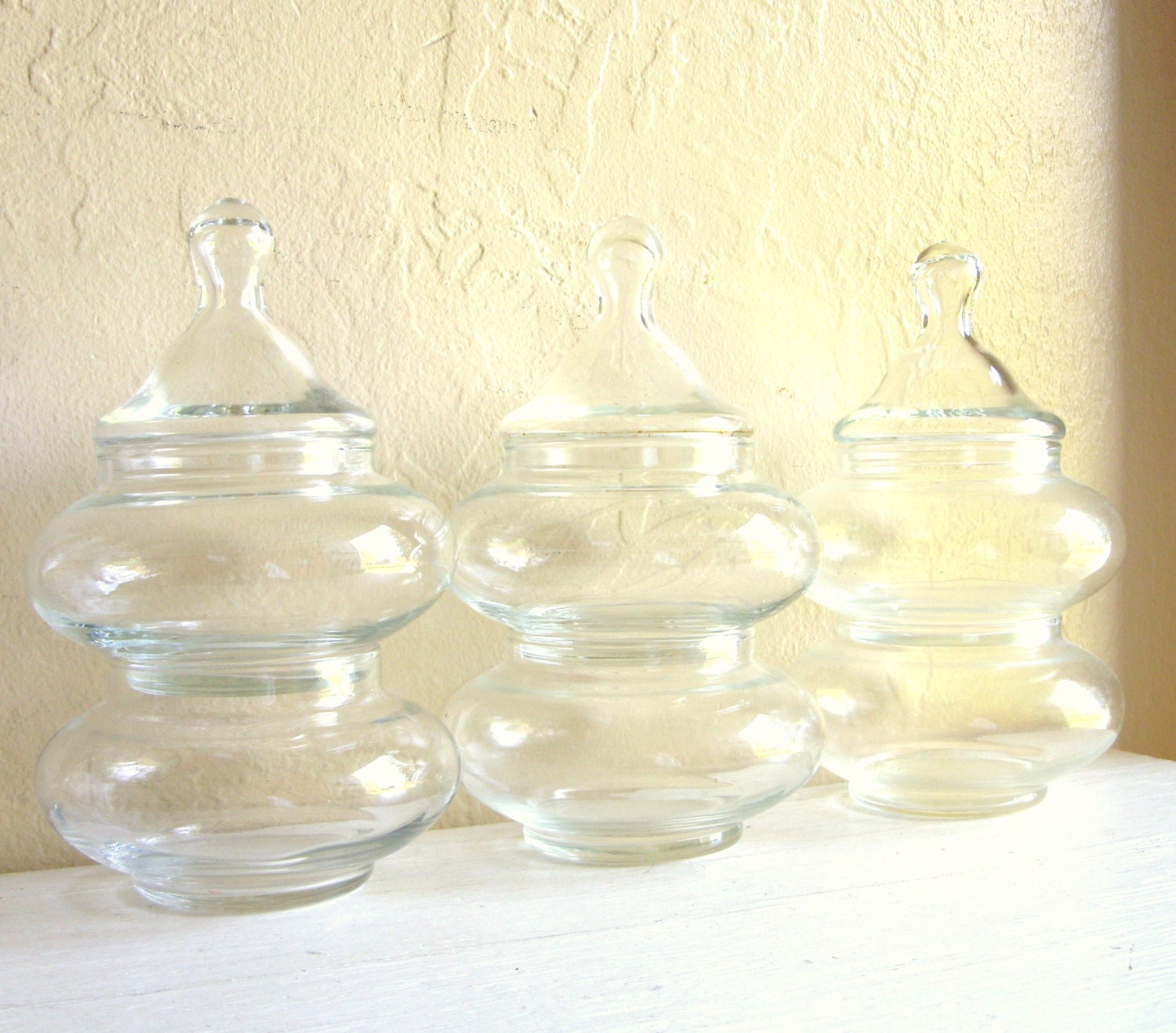 Set Of Clear Bubble Glass Stacking Jars With Lids 6 By