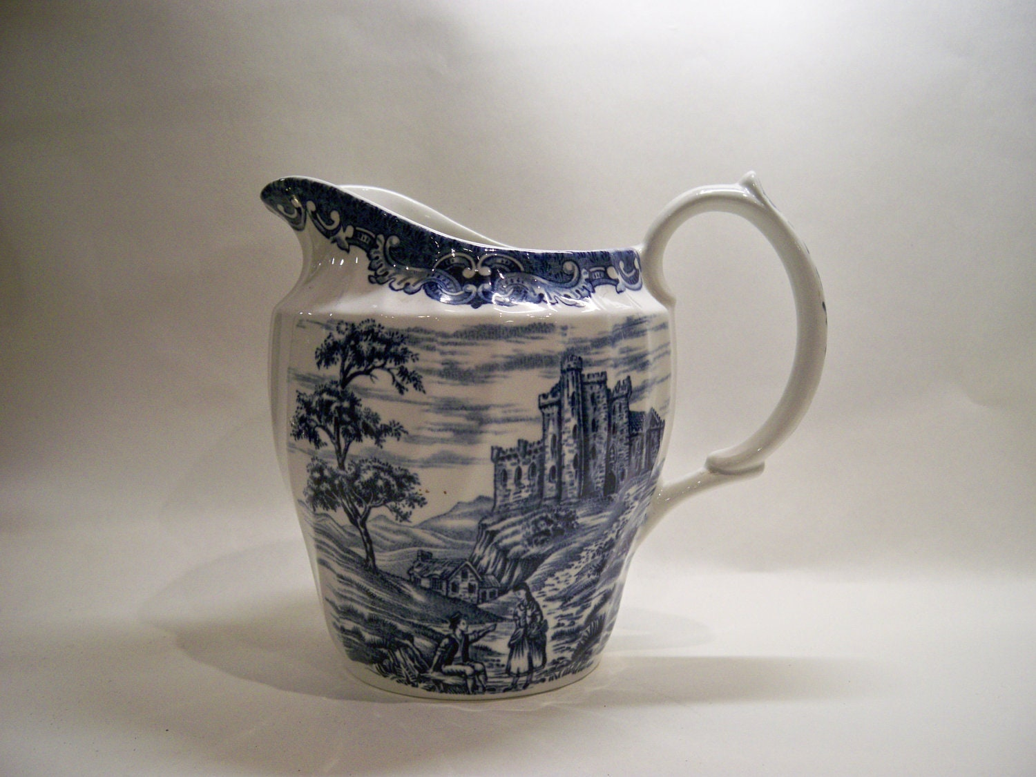 Vintage Country Castles Blue and White pitcher/Jug - PrattsPatch