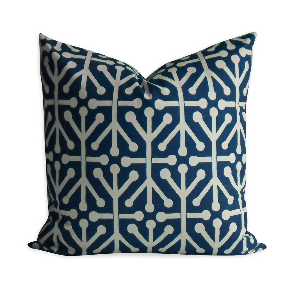 True Modern Pillows : Unavailable Listing on Etsy