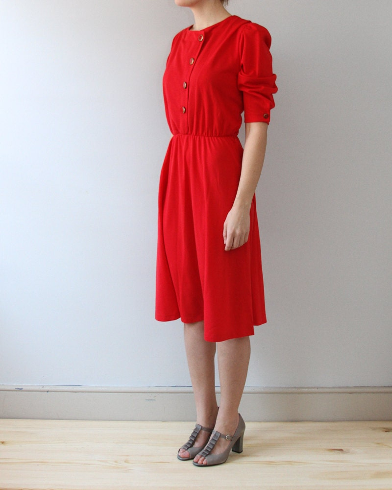 vintage bright red dress with buttons - kaihovintage
