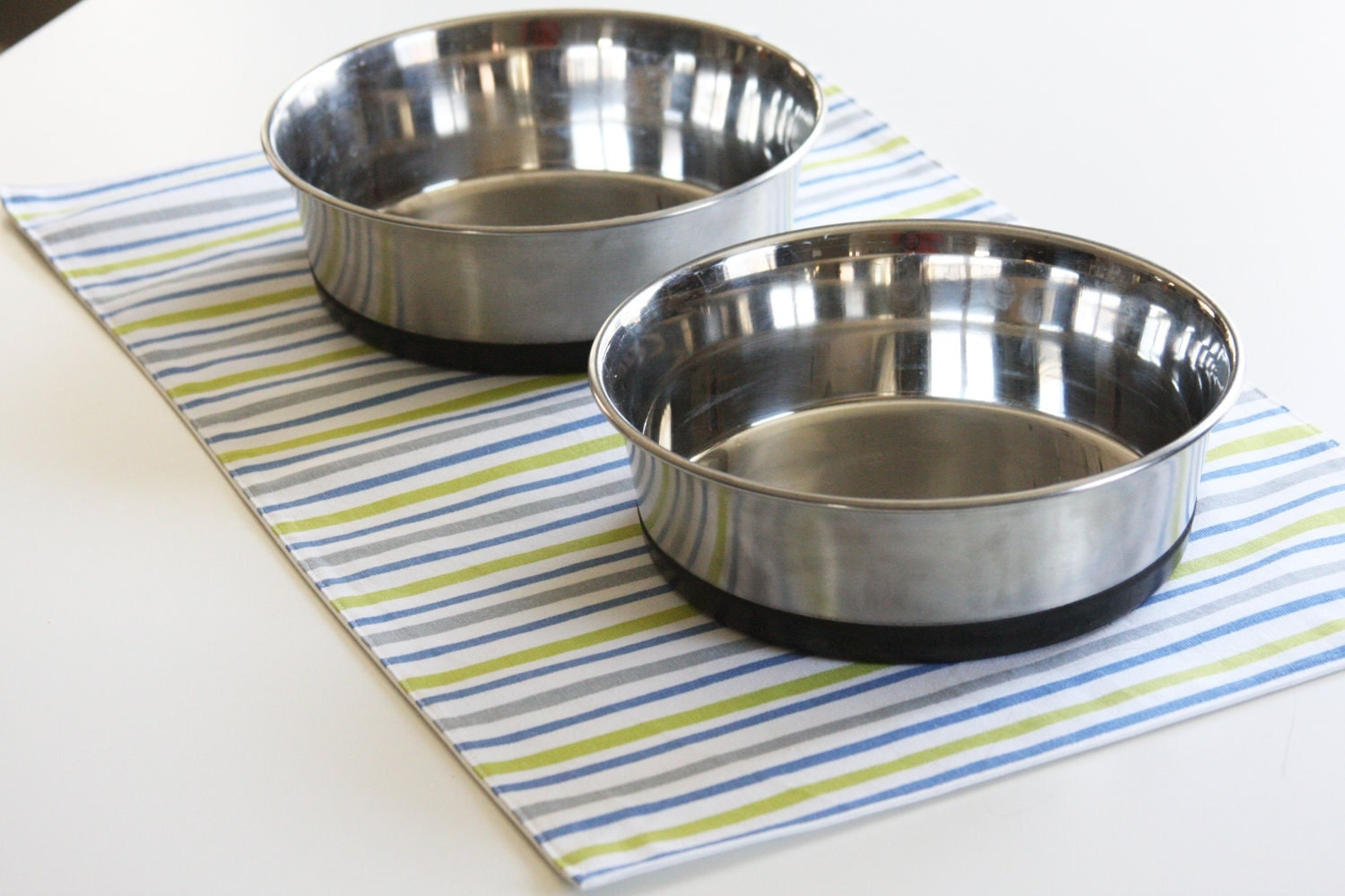 Large Pet-Mat (Placemat for your Dog's Bowl) Stripes: Large Size