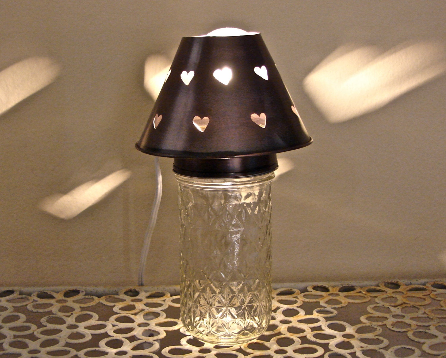 quilted jelly mason jar heart shade night light or accent lamp. Black Bedroom Furniture Sets. Home Design Ideas