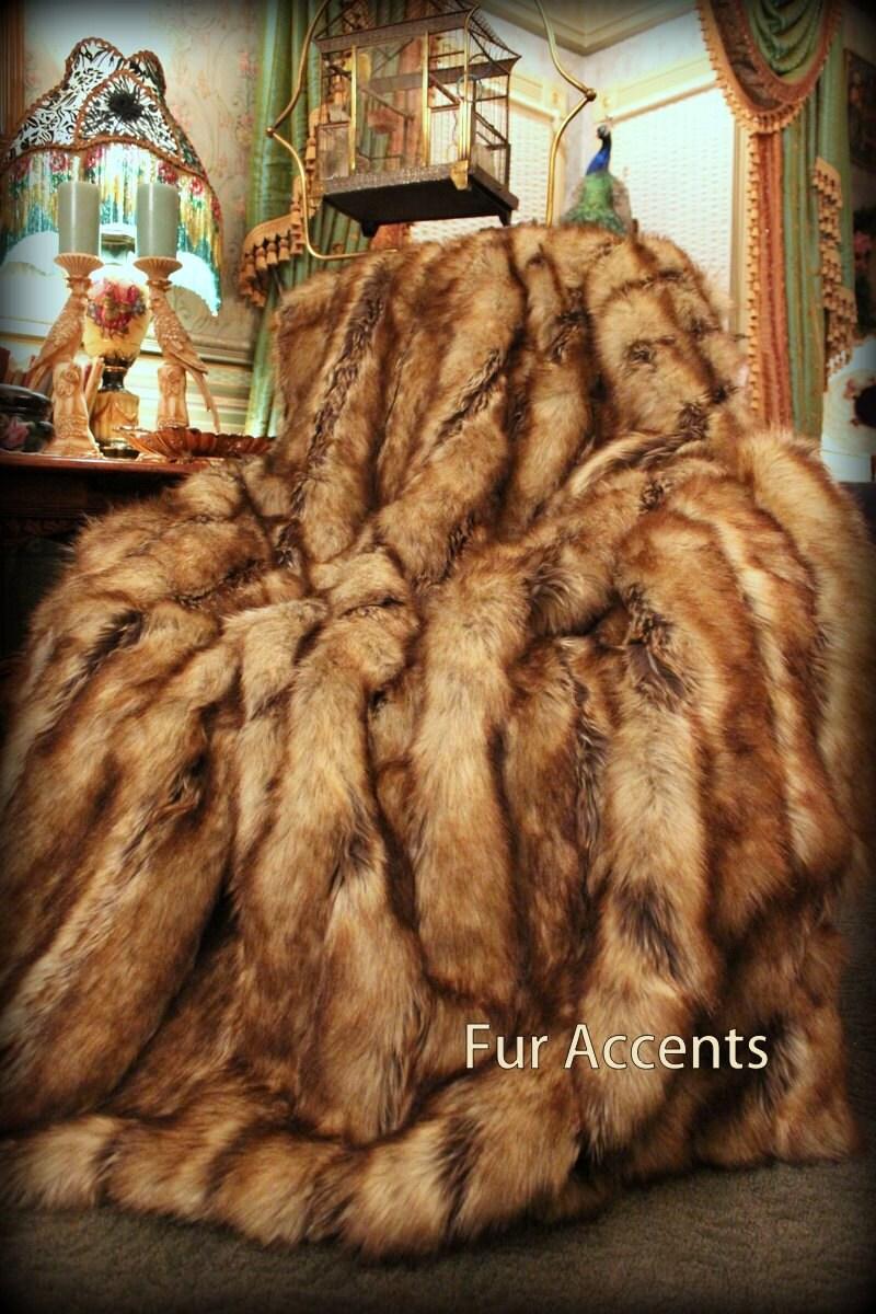 Luxurious Fox Faux Fur Throw Comforter By Fauxfurbedding