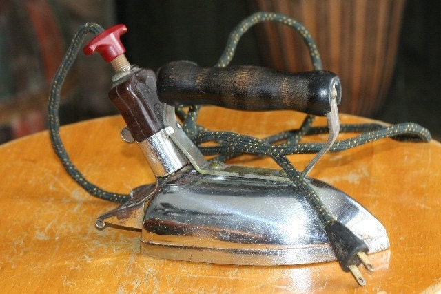 Electric Iron 1920s ~ Items similar to vintage smoothwell clothes iron electric