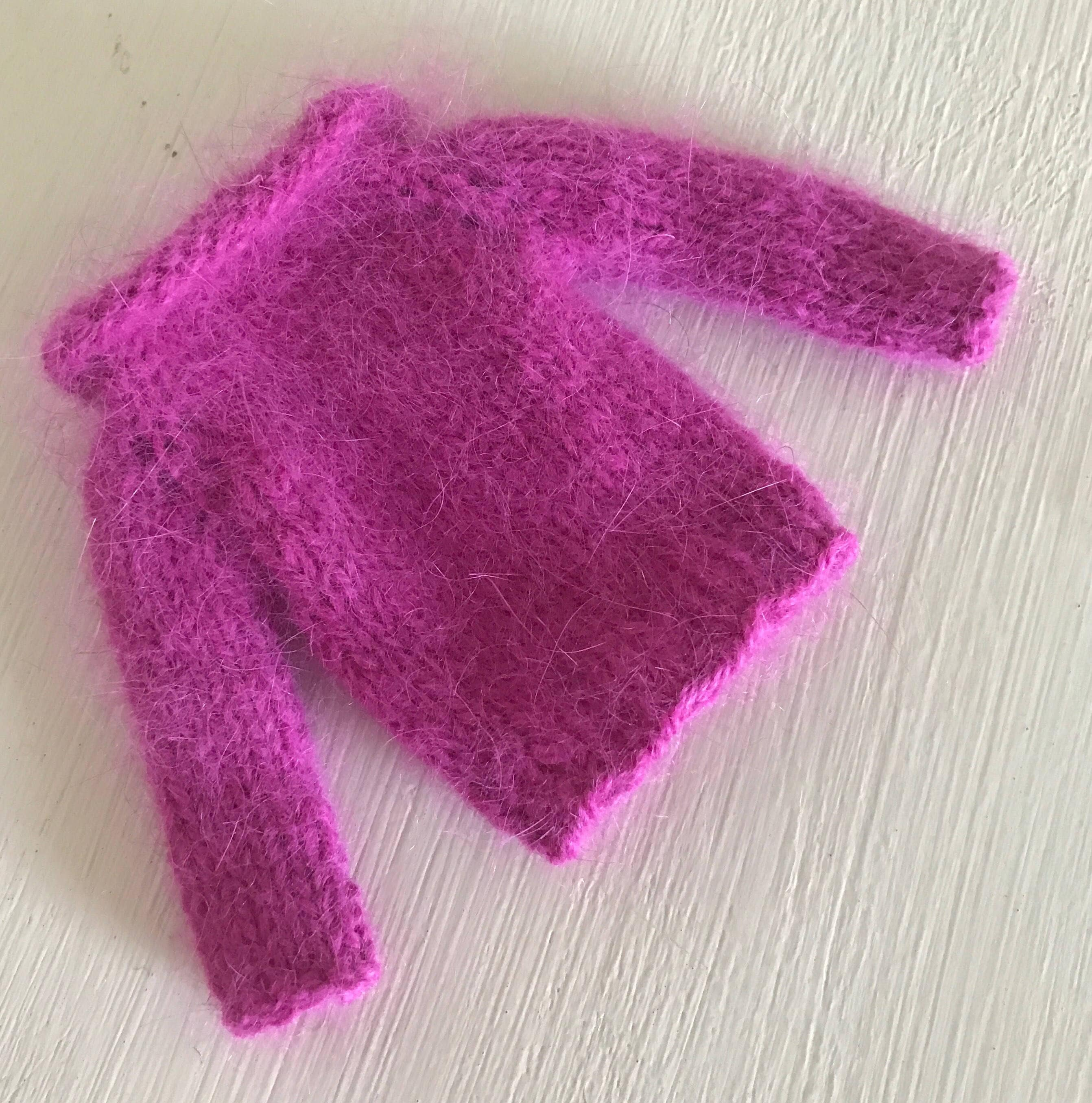 BLYTHE DOLL Fuschia Pink Angora Hand Knitted Sweater Jumper  with Normal Length Sleeves Blythe Dolls Pullip Azone