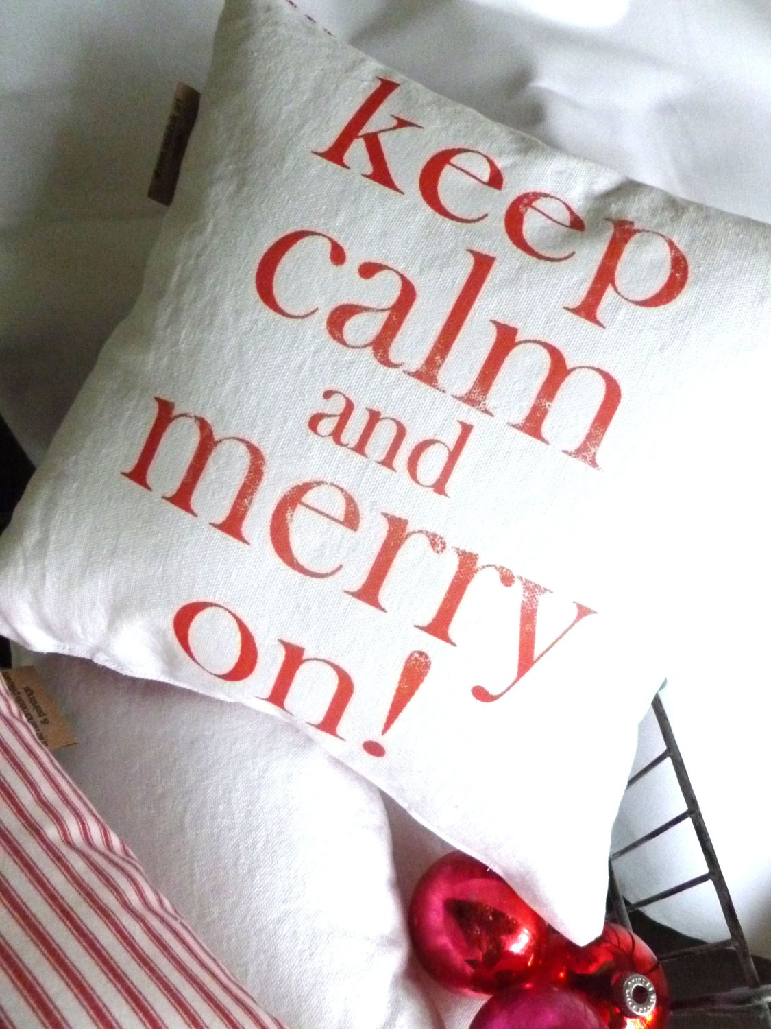 Holiday Pillow Merry Christmas Throw Pillow - shannspishak