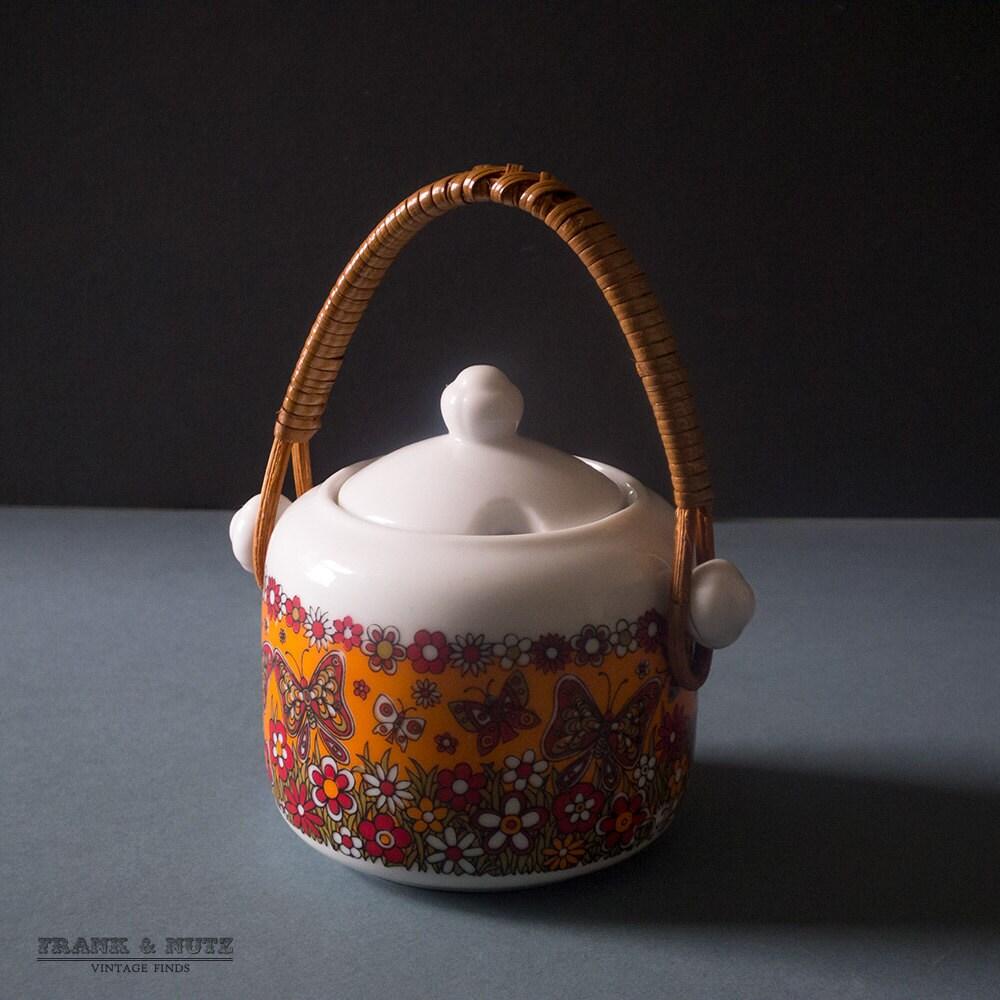 Pretty vintage Jam jar with bamboo handle japanesebutterfliesretro kitchen 70
