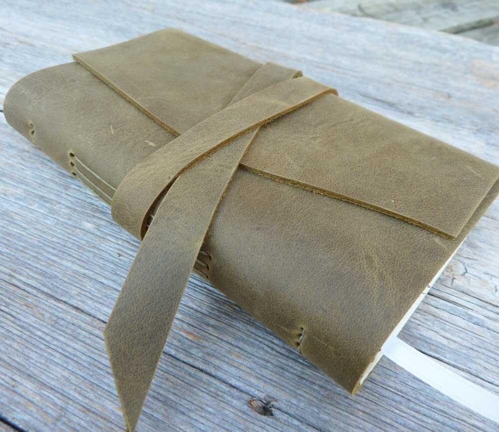 Leather Planner 2013 - weekly format - handbound - MyHandboundBooks