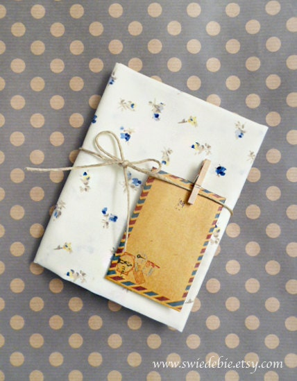 Cottage Chic Blue Rose Cotton Fabric in A Fat Quarter Size - Zakka
