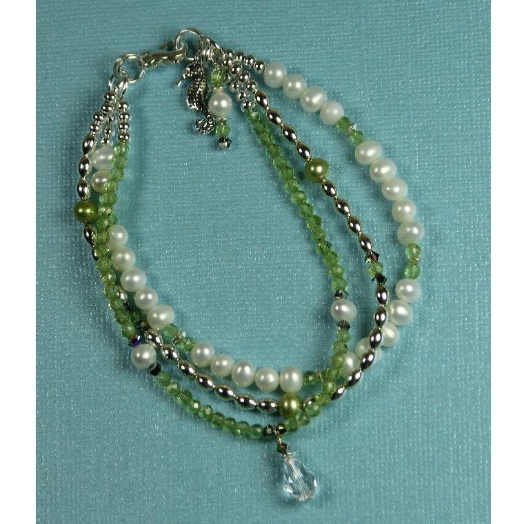 Peridot Bracelet - Adjustable Bracelet - August Birthstone Bracelet - Peridot and Pearl