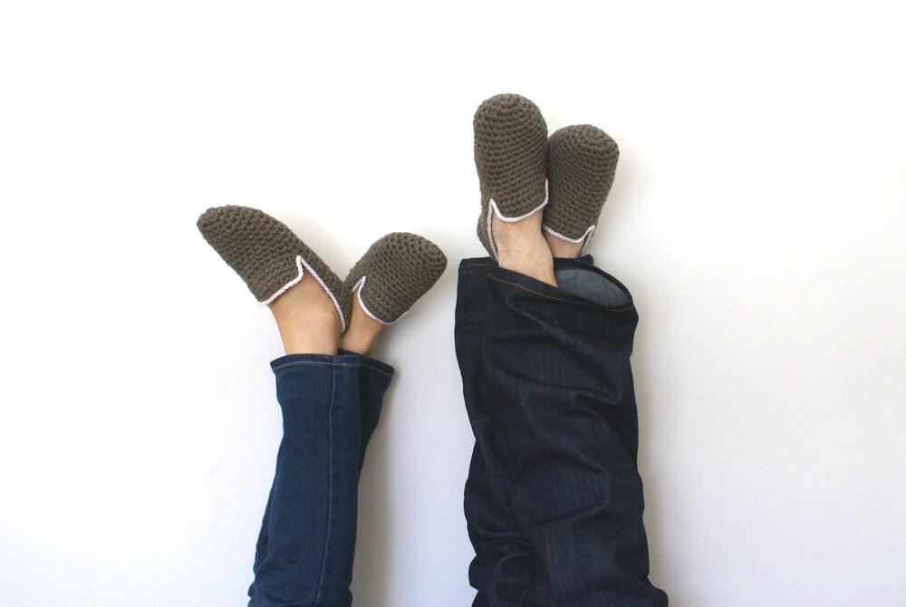 His and Hers Crochet Slippers - WhiteNoiseMaker