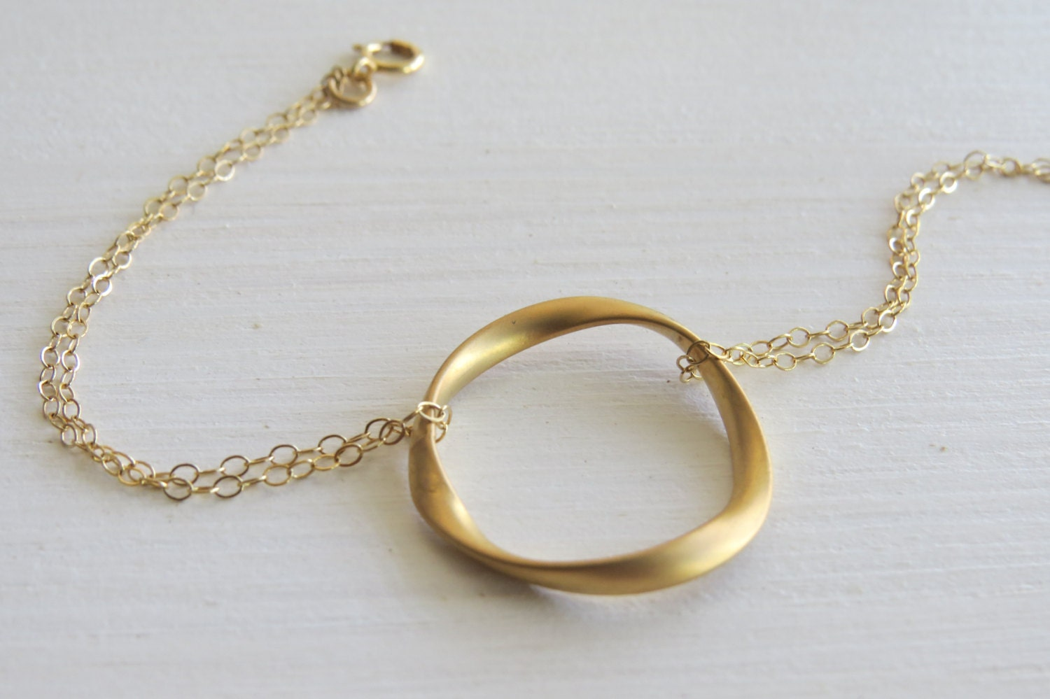 Gold circle bracelet - Goldfilled bracelet, Simple bracelet, Gold eternity bracelet, Dainty bracelet, Gold jewelry, Modern gold bracelet - HLcollection
