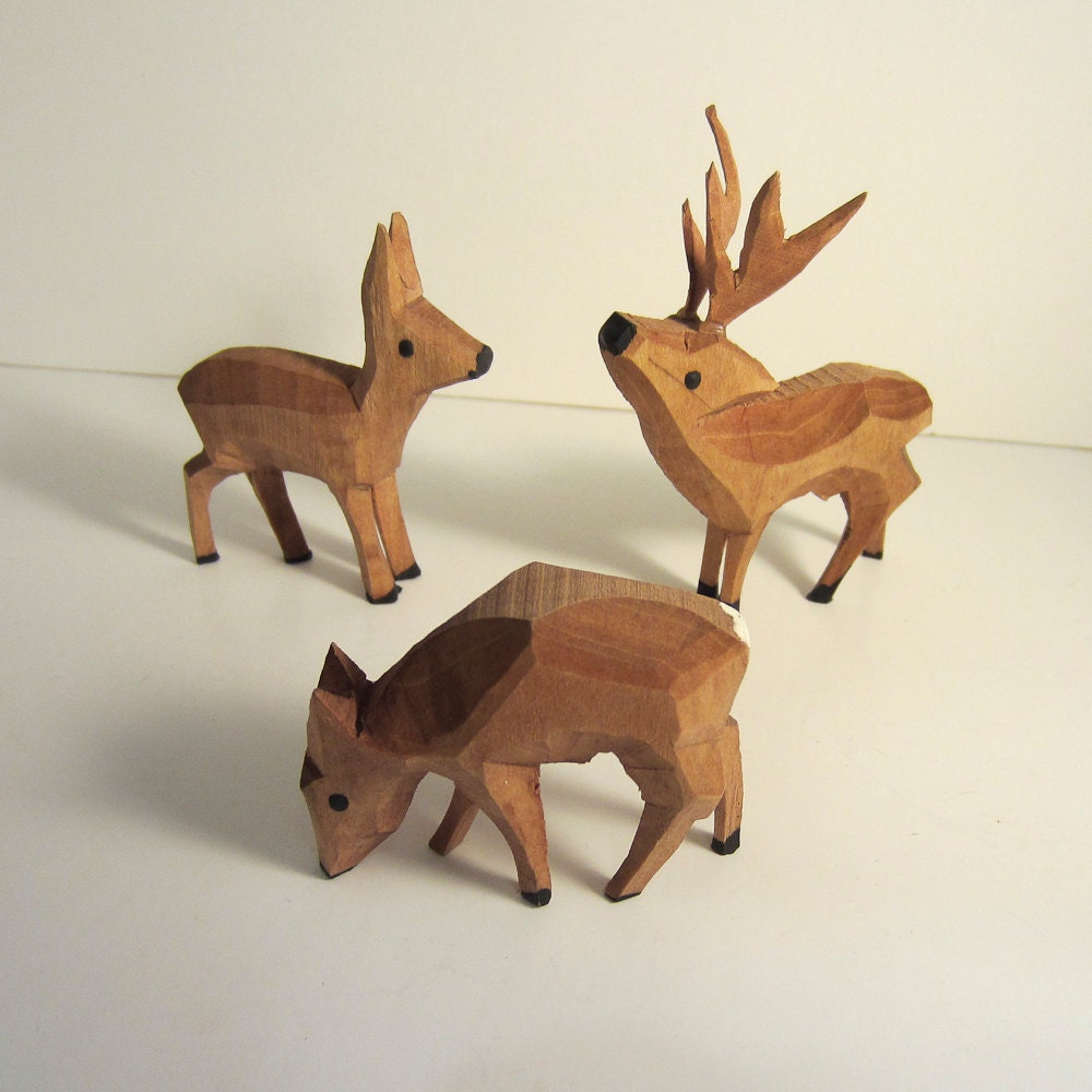 Vintage Carved Wood Deer , 3 Hand carved, Hand Painted, Germany - Antiques4You