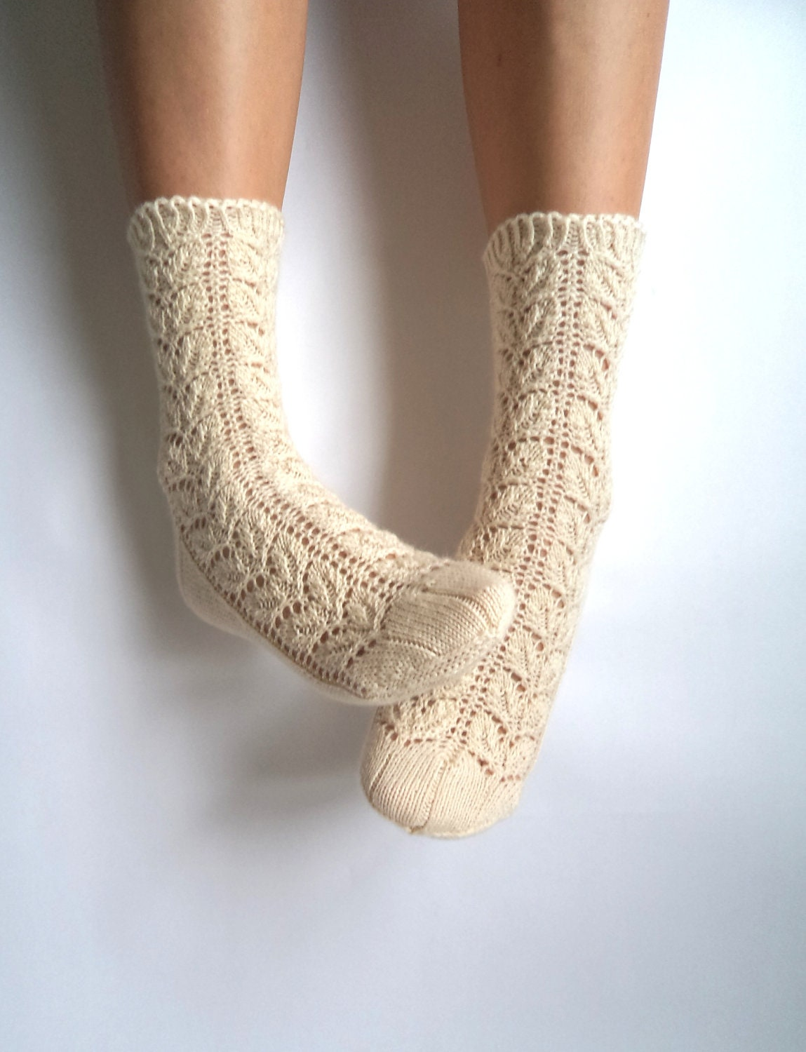 Off white lace socks. Hand-knit wool socks. Wool by GrietaKnits