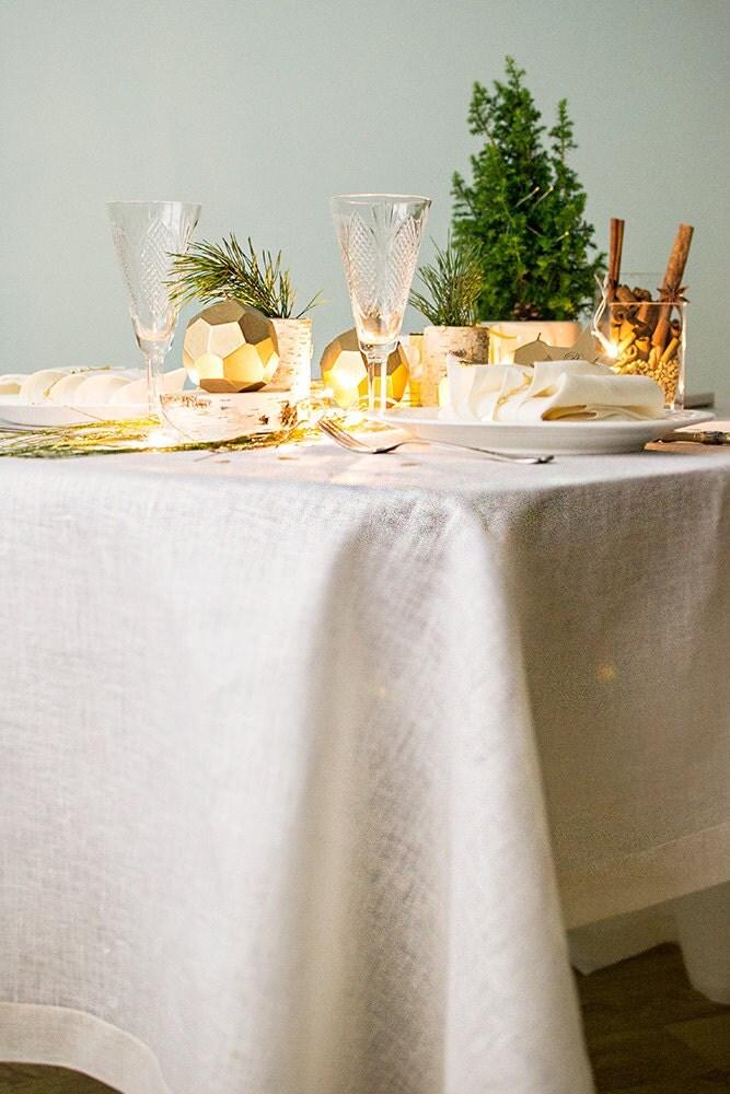 Tablecloth colors wedding