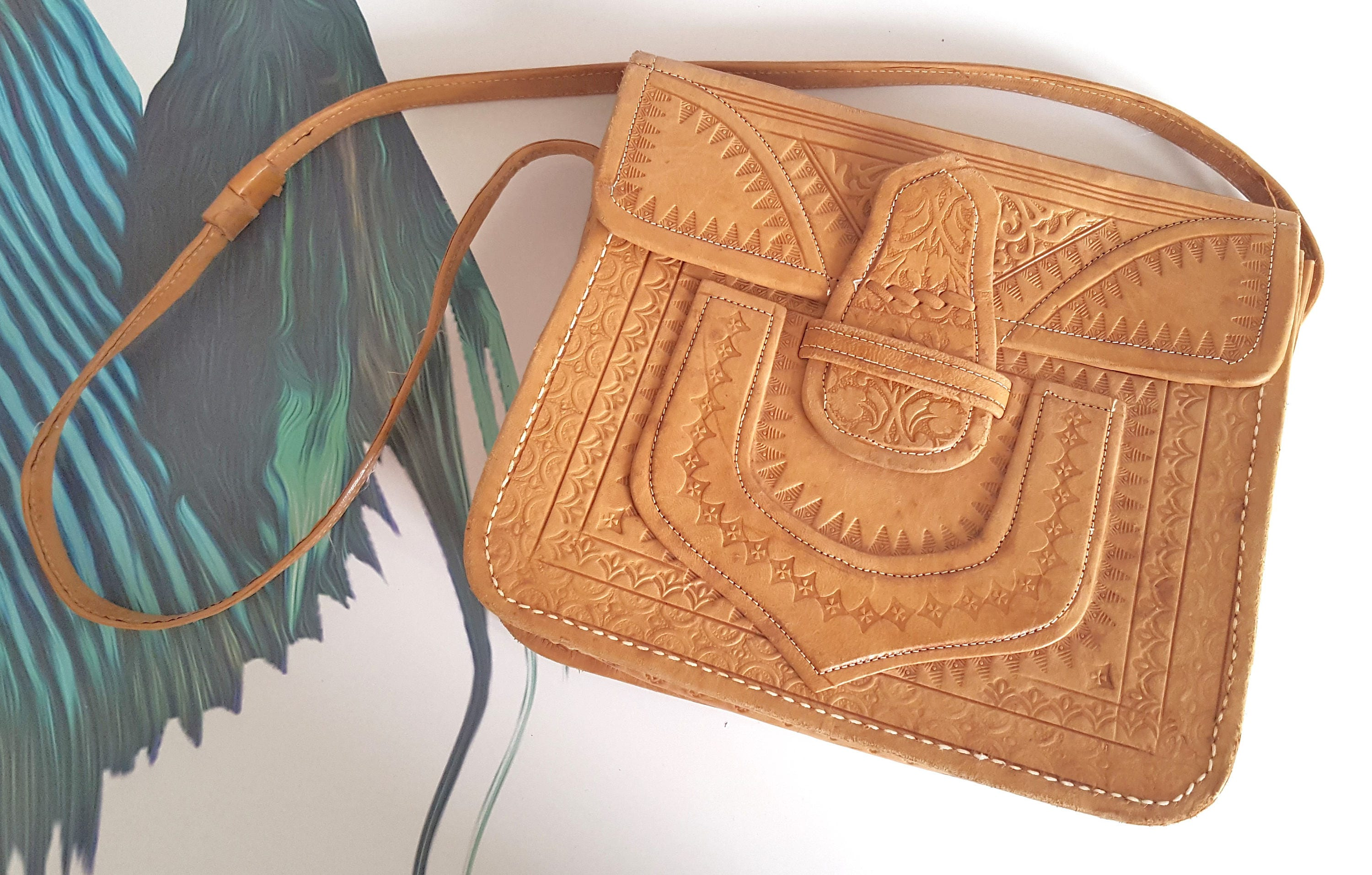 Vintage blogger boho festival retro tan leather tooled box shoulder bag