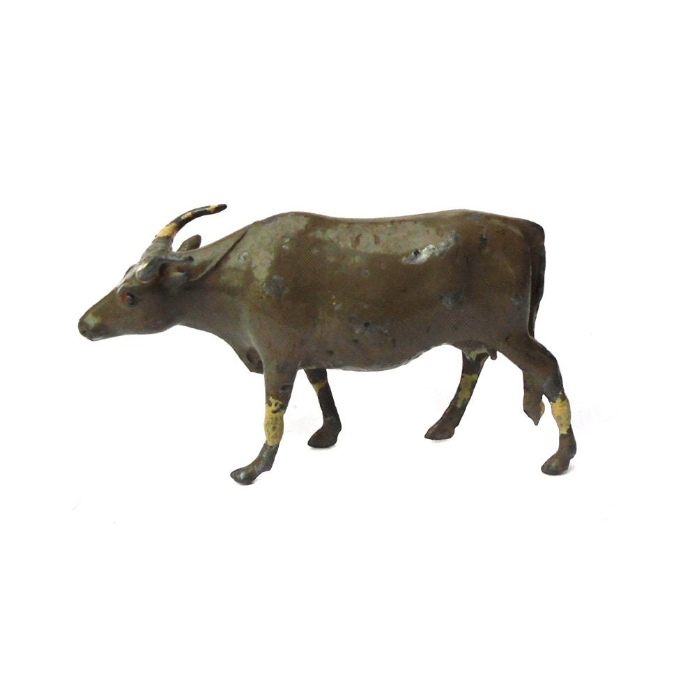 Rare Antique 1930s Lead Toy Zebu Cow Yak Britains Zoo Animal Wild Miniature England Cattle Ranch Steer Rancher Bison Farm Buffalo Vintage