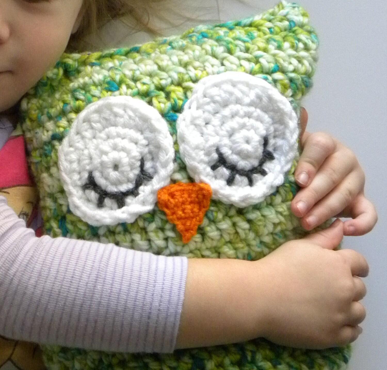 Free Crochet Pattern For Owl Pillow : crochet owl pillow pattern