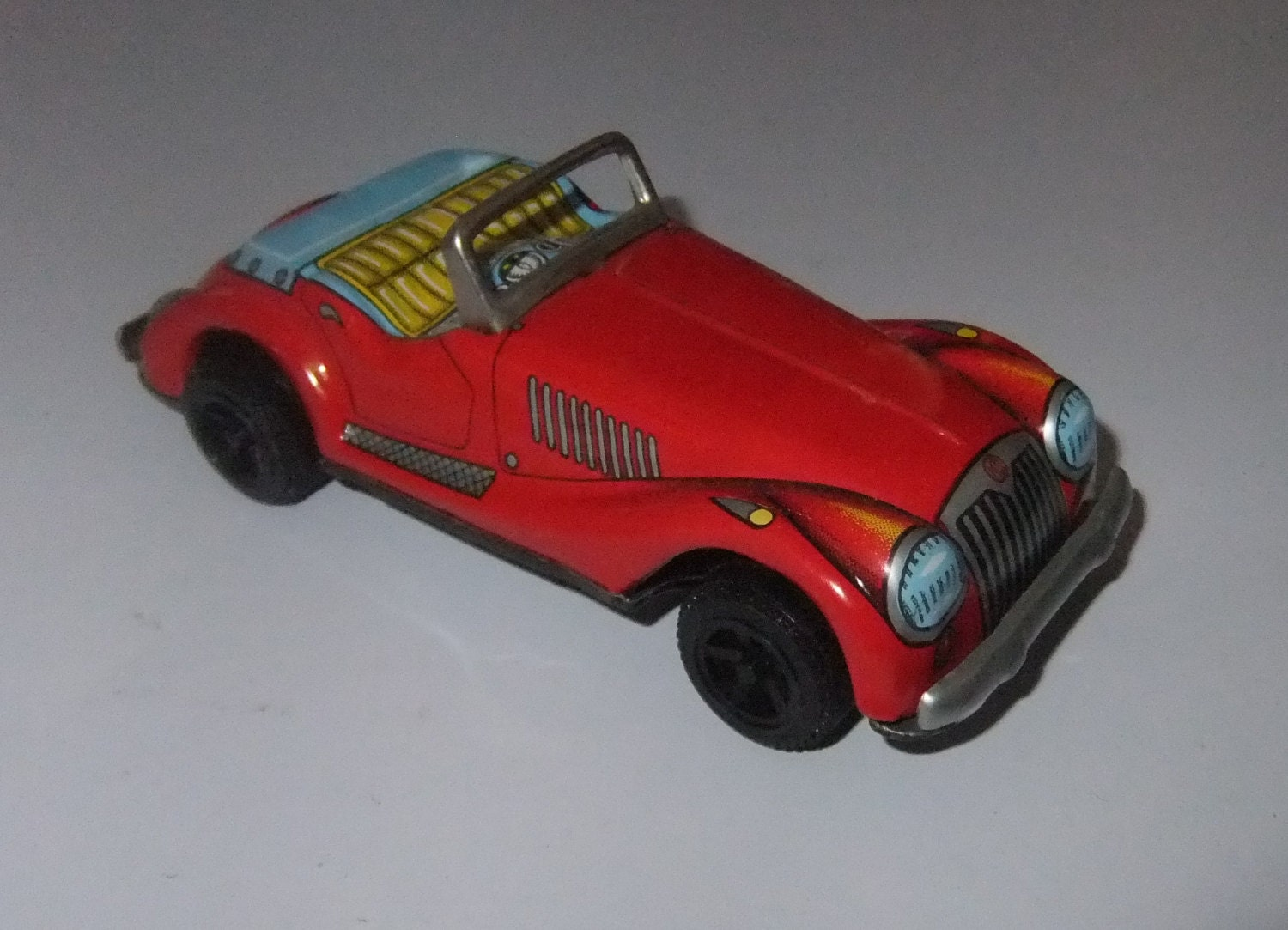 MG Sports Car tinplate friction vintage c1960s toy made in Japan (made by Yone)