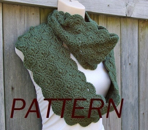 Free Crochet Pattern Scallop Scarf : Crochet Pattern Infinity Scarf in Scalloped by CandacesCloset